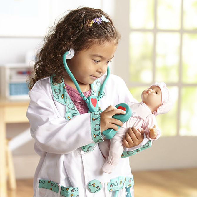 Pretend Play with a Purpose: Doctor Visits with Kids