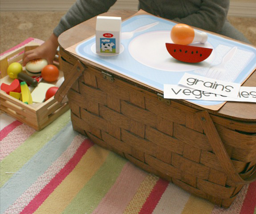 teach your child about food groups play food and picnic basket