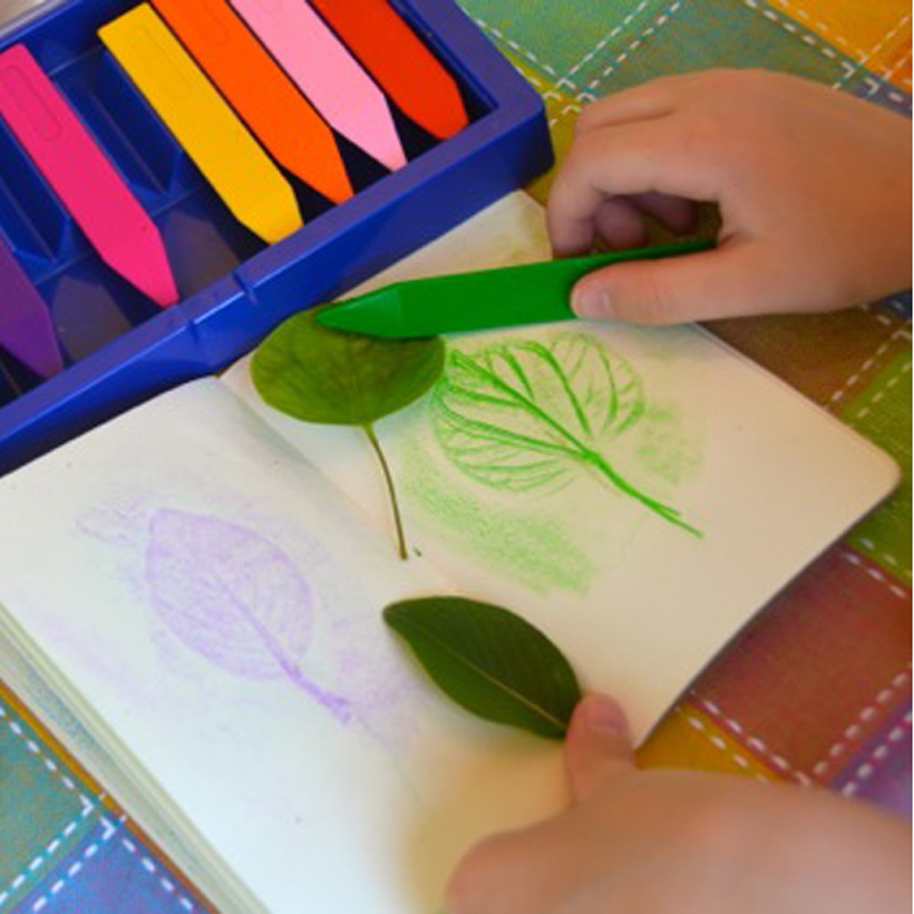 Val's Crafty Corner: Leaf Rubbings On the Go!