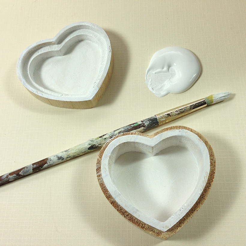 Beautiful Crafts Using Heart Shapes