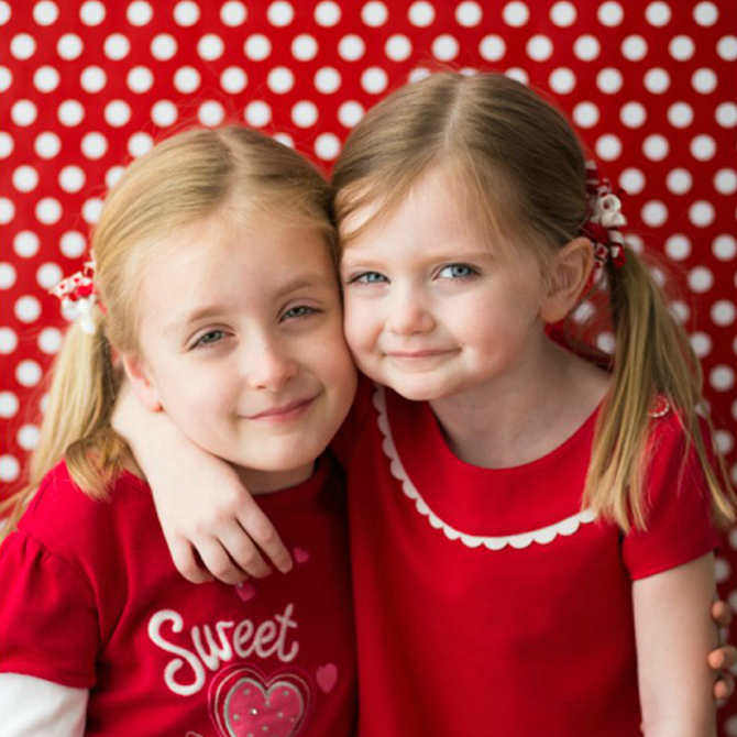 Capturing Sweethearts: Make a Simple DIY Photo Booth