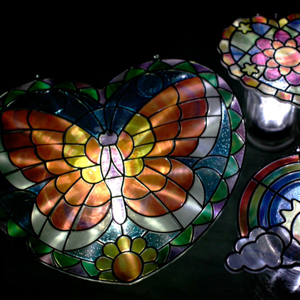 Gifts Kids Can Make: Stained Glass Solar Lights