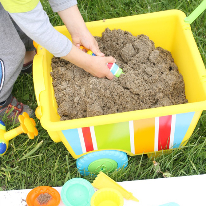 Sand Play On the Go: A Portable Sandbox for Kids