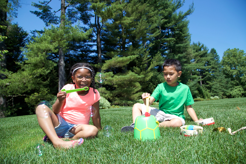 Melissa's Playbook 25 Ways to Experience Wonder This Summer. *The Tootle Turtle Bubble Bucket is an easy way for kids to blow bubbles mess free.