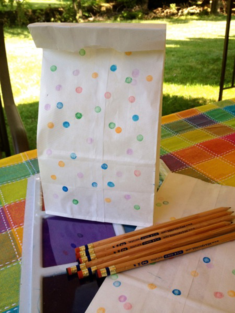 tamped Lunch Bags *This simple craft is a great diy project for kids using the Washable Jumbo Multi-Color Stamp Pad.