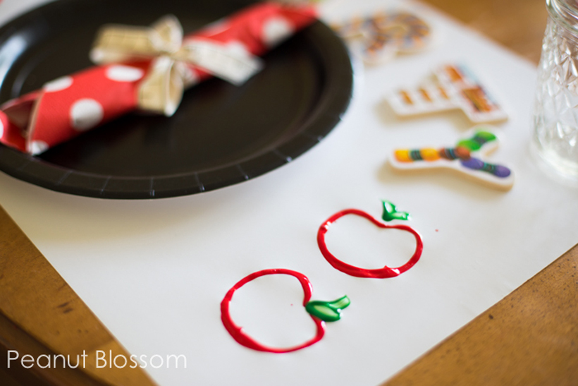 How to Decorate for Back to School *Tiffany shares how to set the breakfast table with a simple craft and easy decorating ideas with Melissa & Doug art supplies and a Wooden School Bus toy.