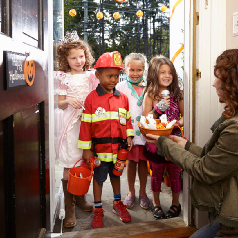 3 Not-So-Tricky Halloween Night Tips *3 easy tips for making Halloween night even more enjoyable (and educational) for your little goblins on the Melissa & Doug Blog.