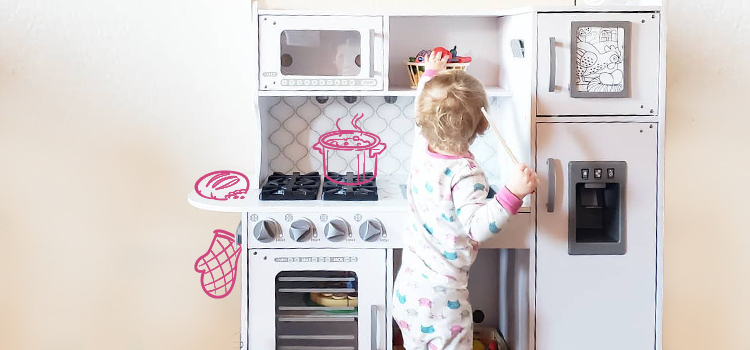 Pretend Play with Food Lifestyle Image
