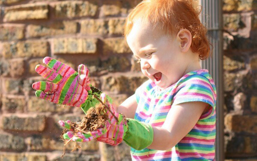 Sensory Benefits of Gardening with Kids *Learn some of the amazing sensory benefits of gardening with kids on the Melissa & Doug Blog.