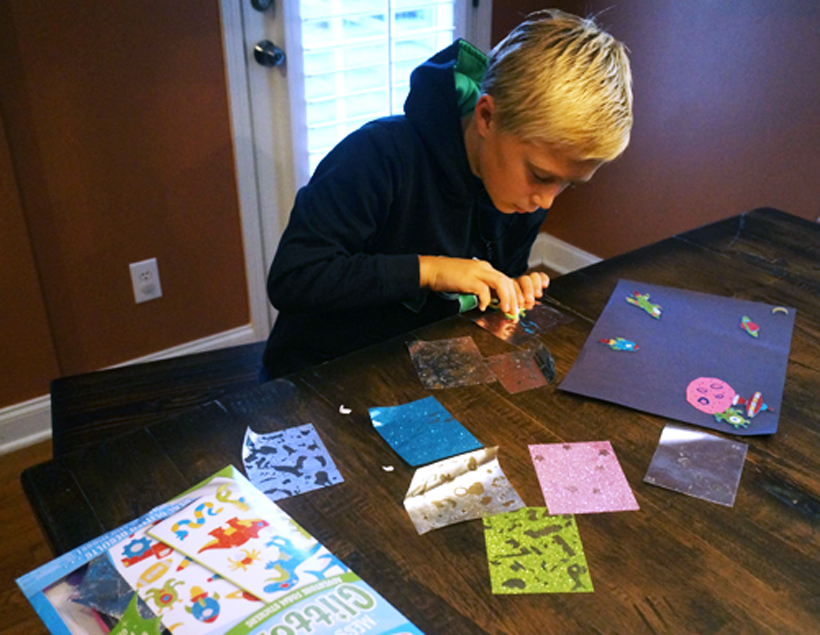 decompress after school mess-free glitter crafts