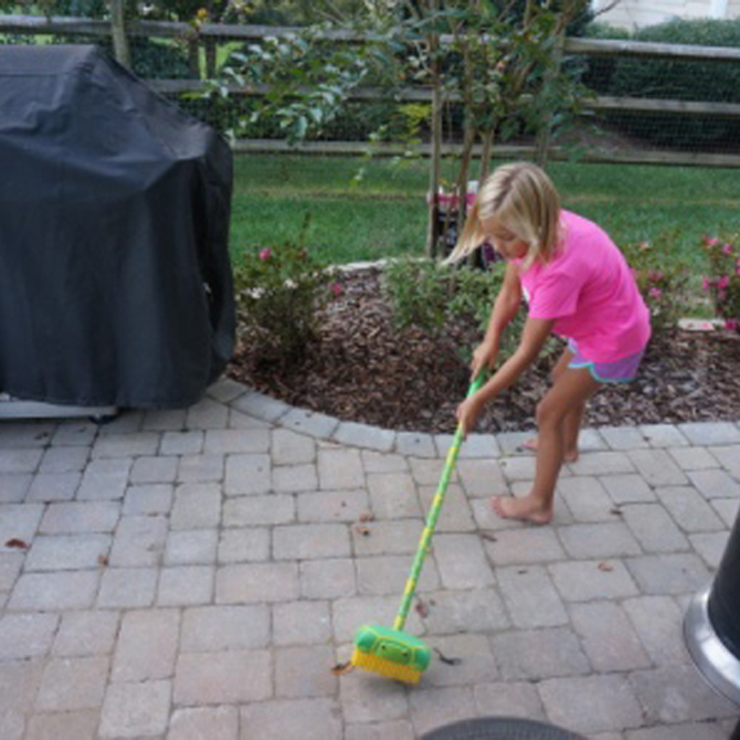 Fall is in the Air: Fall Gardening & Outdoor Sensory Activities