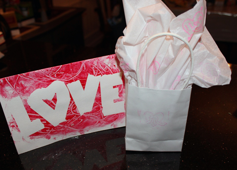 4 Kid-Made Valentine Gifts from the Heart *Find four simple diy gifts that kids can make for loved ones this Valentine's Day, on the Melissa & Doug Blog.